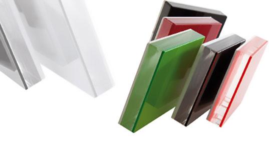 Trasformatori Materie Plastiche: Produzione materie plastiche alta trasparenza